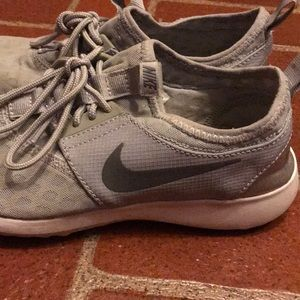 Nike mesh sneakers, size 6.5